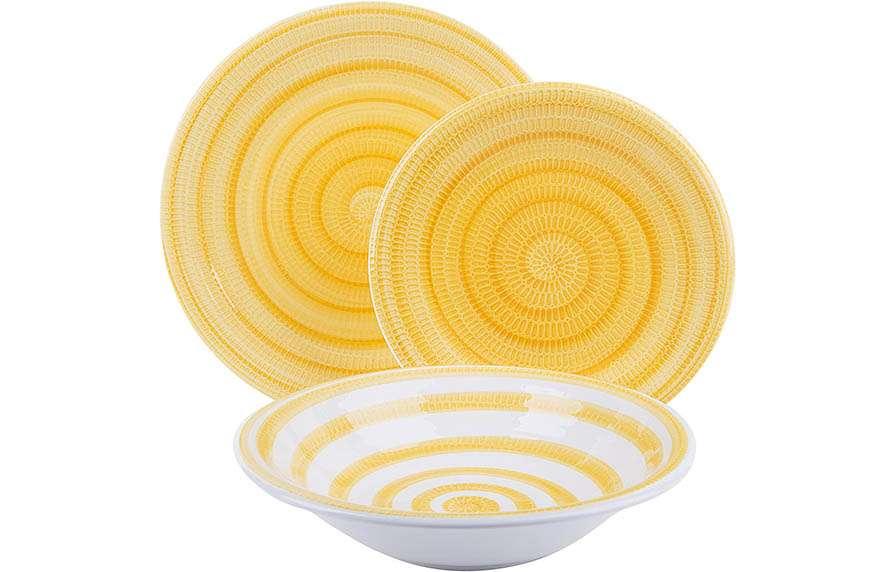 Platos amarillos y blancos